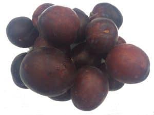 dark purple plums